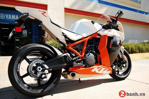 KTM 1190 RC8R