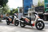Cặp đôi Honda SH độ tem Repsol độc đáo tại Sài Gòn