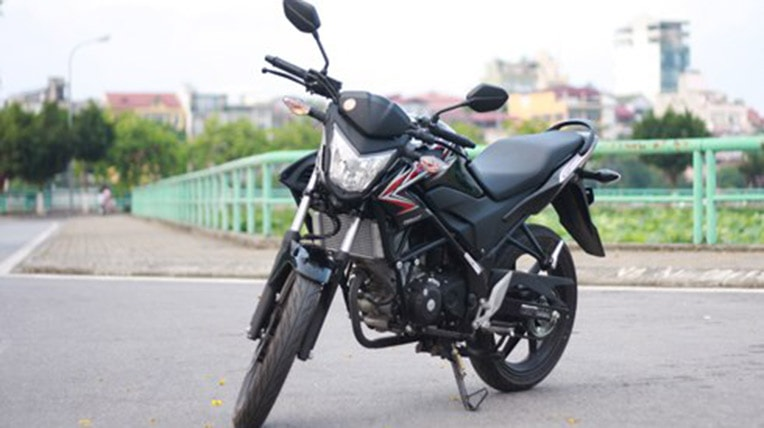 So sánh yamaha fz150i vs honda cb150r - 2