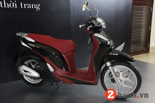 So sánh sh mode vs piaggio liberty 2014 - 2