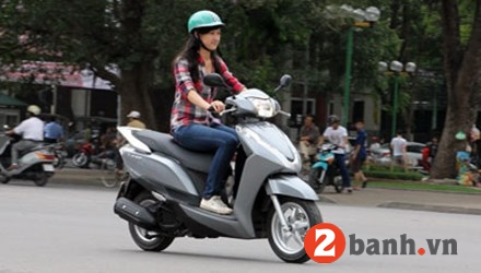 So sánh honda lead 125 vs piaggio fly 3v 2015 - 8