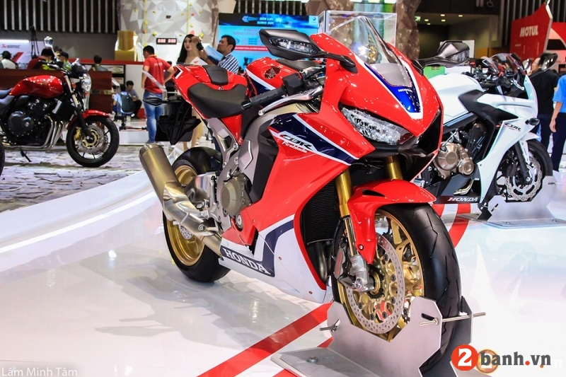Bảng giá xe moto 2018 mới nhất hôm naytháng 8 tại việt nam - 1