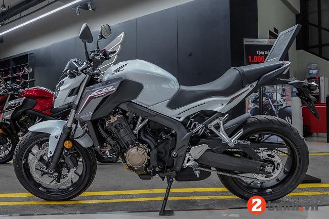 Những mẫu xe mô tô phượt giá dưới 200 triệu nào đáng mua nhất hiện nay - 6