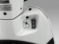 Ổ khóa từ đa năng & Hệ thống nút bấm thông minh Honda Lead 125