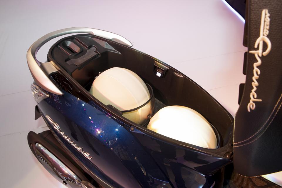 Đánh giá Nozza Grande 2014 - Giá xe và chi tiết hình ảnh - 60265