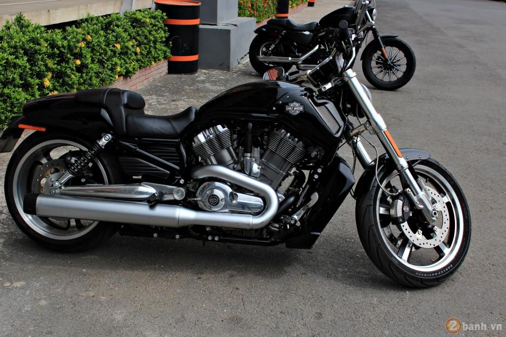 V-Rod Muscle 2014 - Mẫu xe cơ bắp Mỹ của Harley - 84729