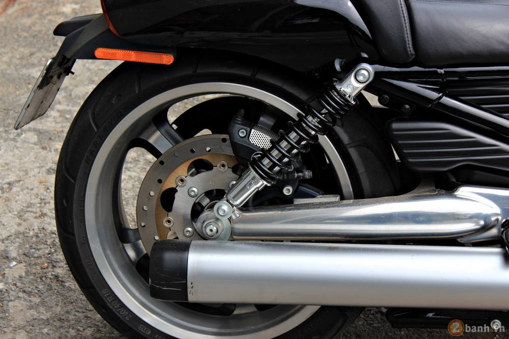 V-Rod Muscle 2014 - Mẫu xe cơ bắp Mỹ của Harley - 84736