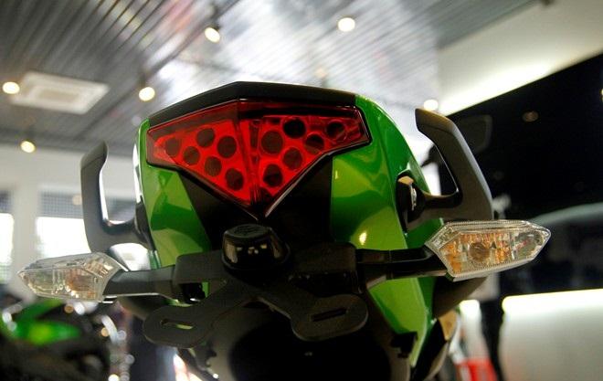 Kawasaki er-6n - 3