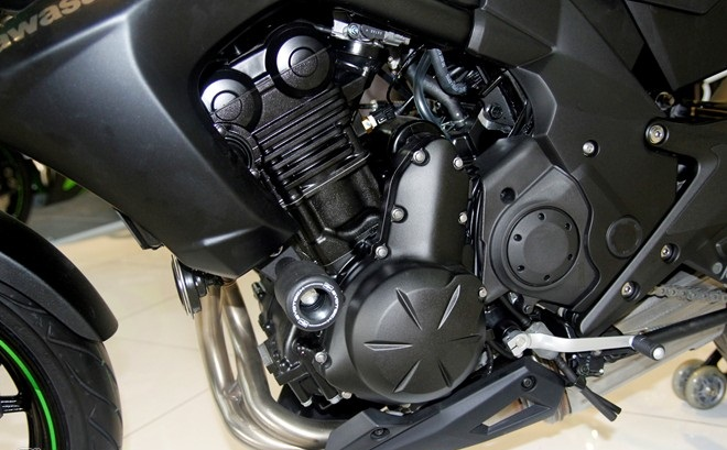 Kawasaki er-6n - 6