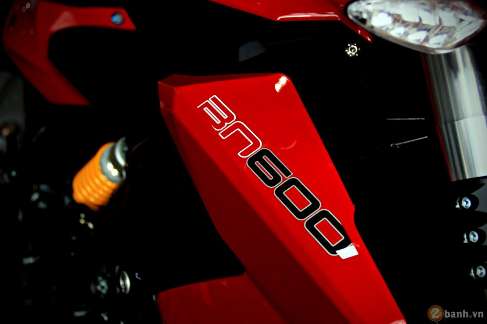 Benelli bn600i abs - 2