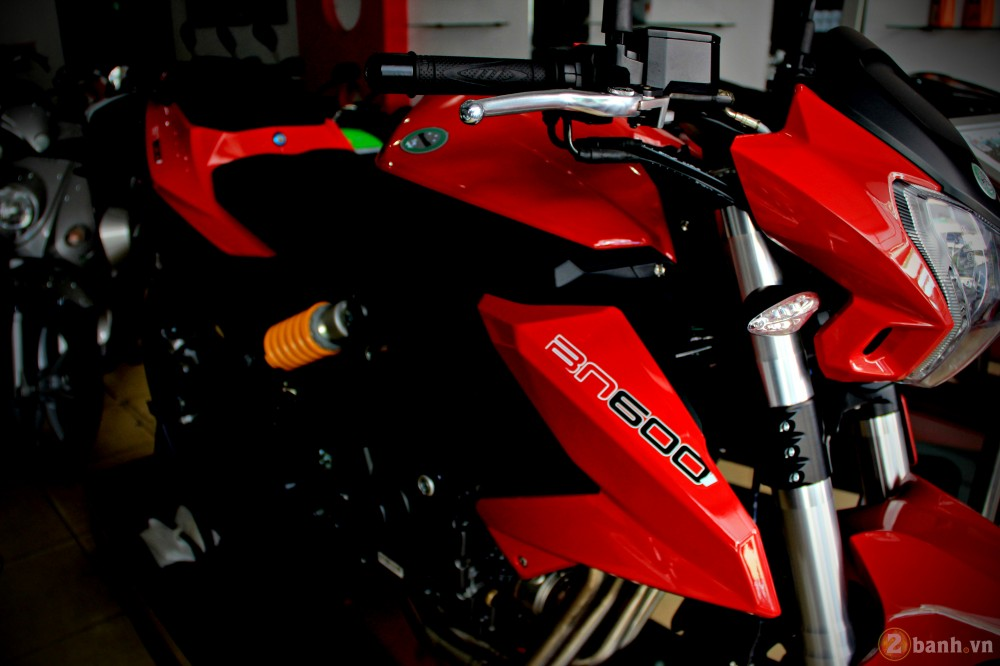 Benelli bn600i abs - 4