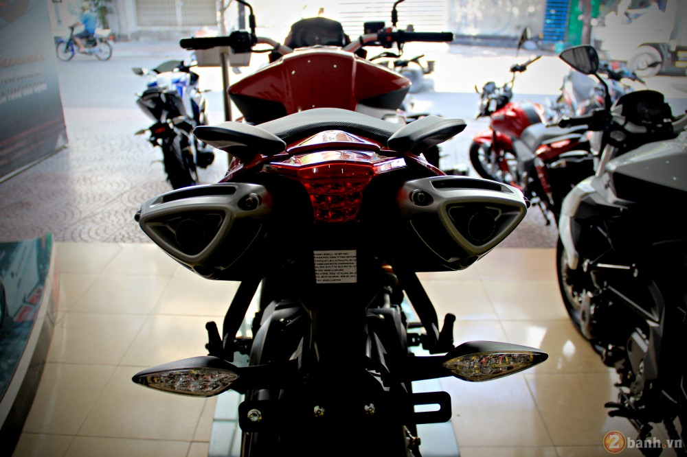 Benelli bn600i abs - 6