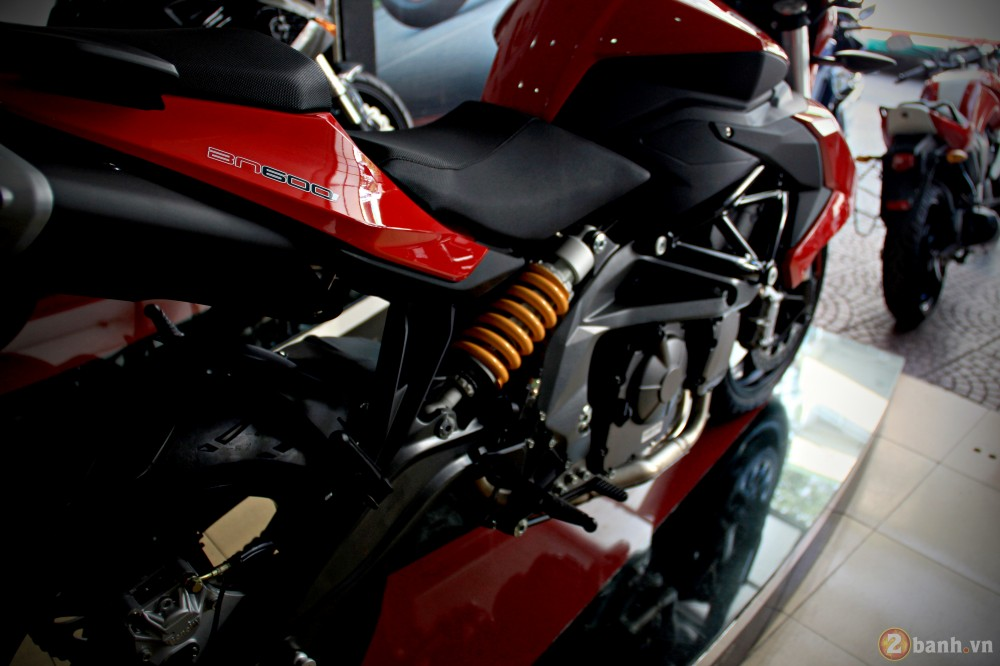 Benelli bn600i abs - 7
