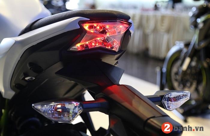 Kawasaki z650 2017 - 9