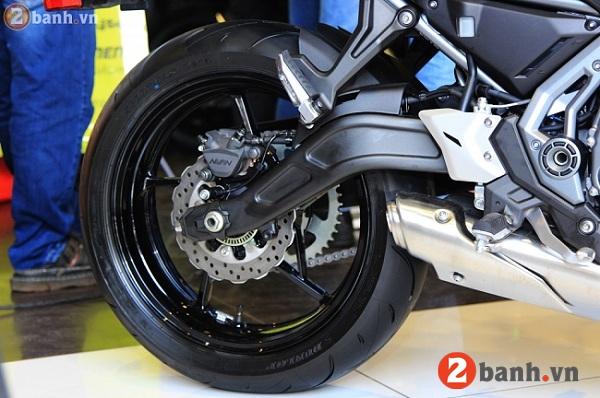 Kawasaki z650 2017 - 12