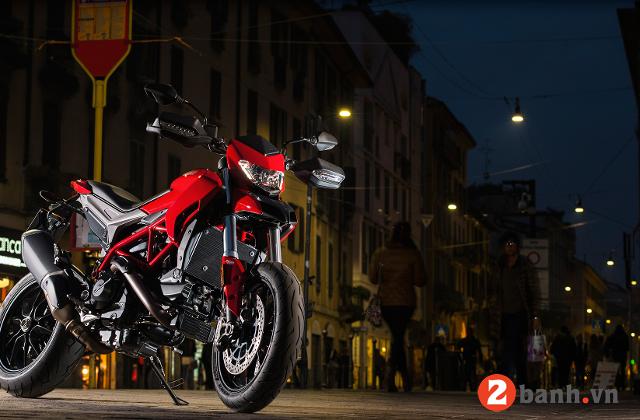 Ducati hypermotard 939 - 3
