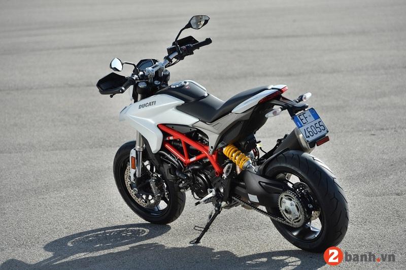 Ducati hypermotard 939 - 4
