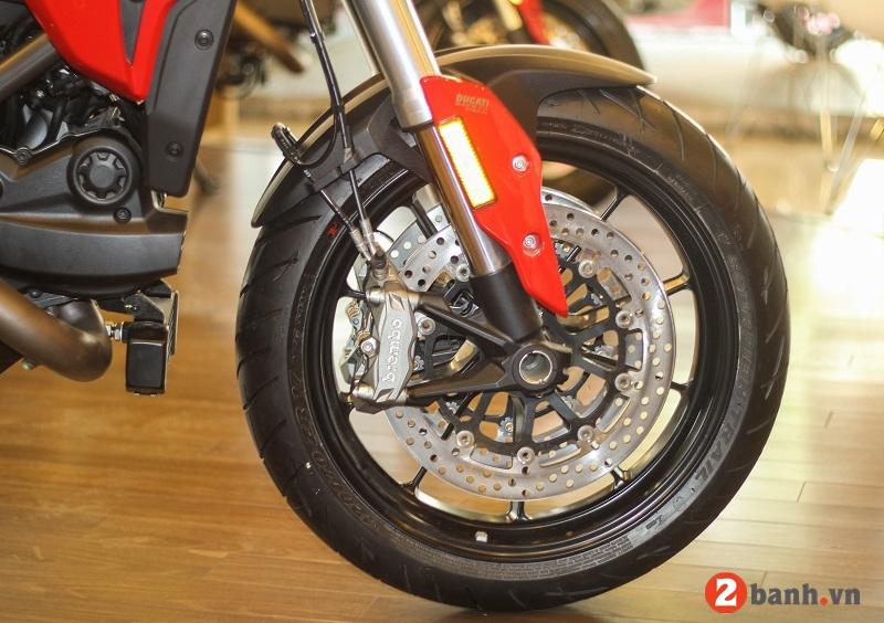 Ducati hypermotard 939 - 7
