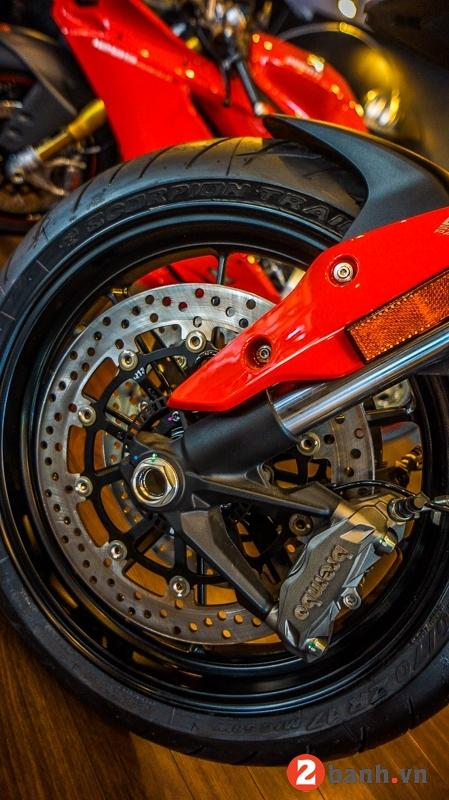 Ducati hypermotard 939 sp - 5
