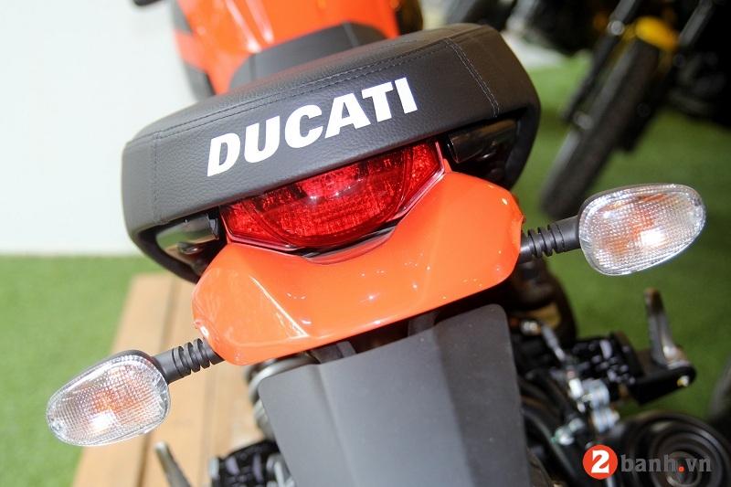 Ducati scrambler sixty2 - 9