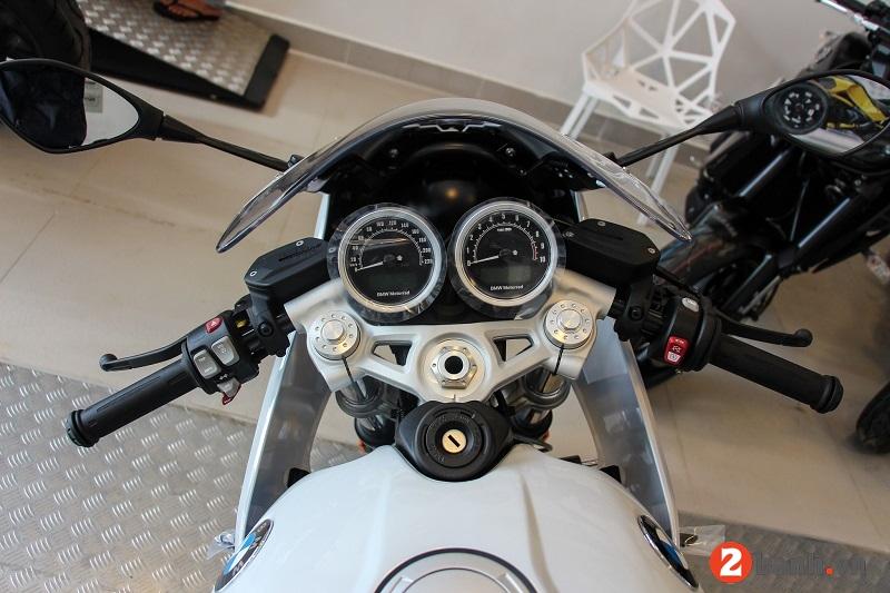Bmw r nine t racer - 4