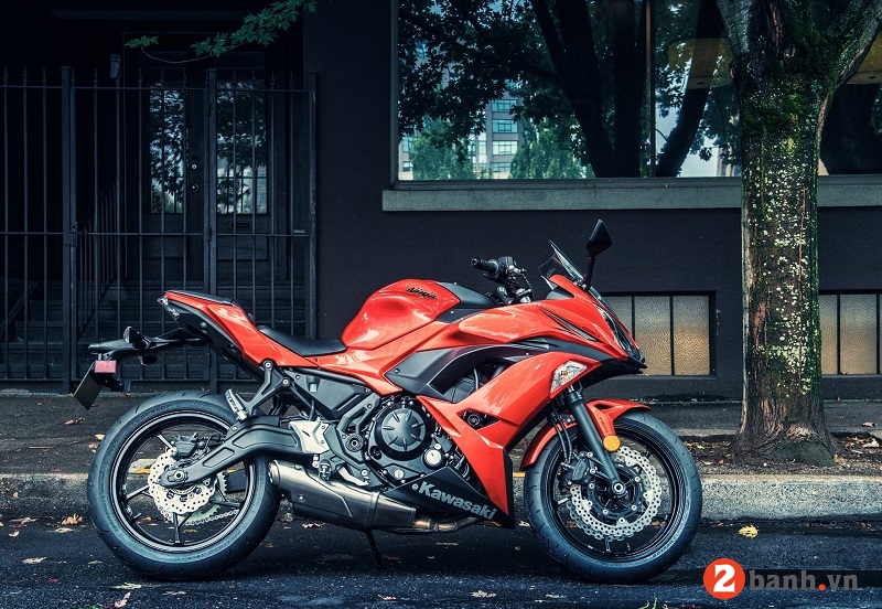 Kawasaki ninja 650 2017 - 1