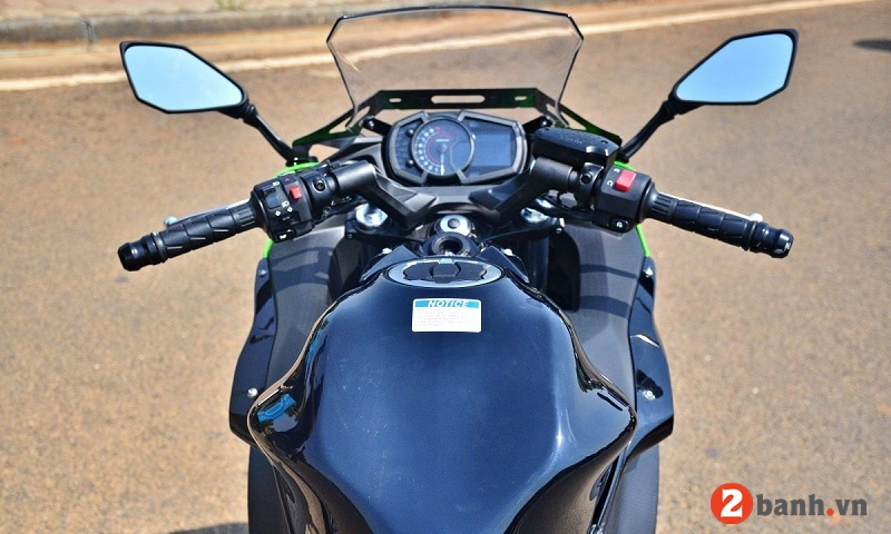 Kawasaki ninja 650 2017 - 5