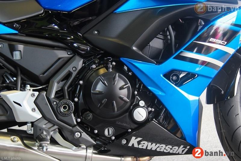 Kawasaki ninja 650 2017 - 8