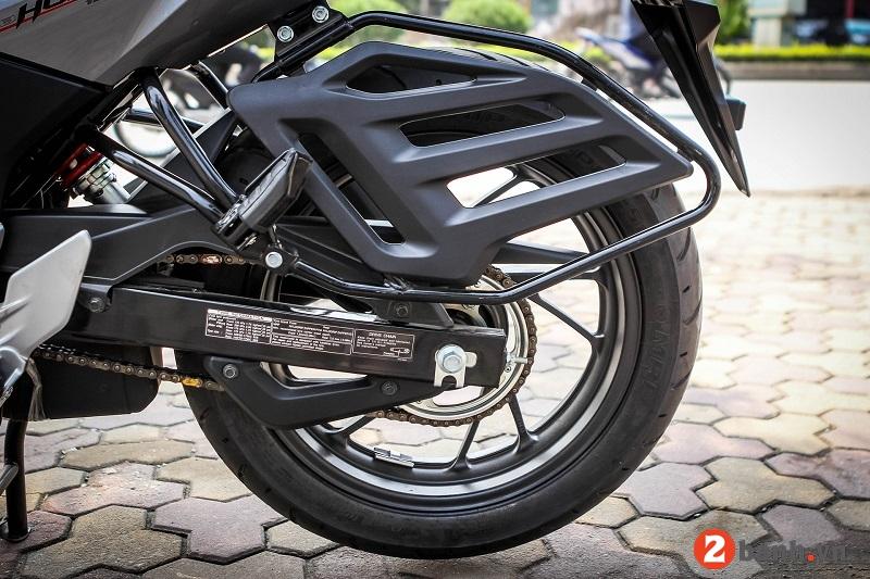 Honda cb hornet 160r - 7