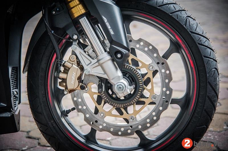 Honda cbr250rr 2017 - 13