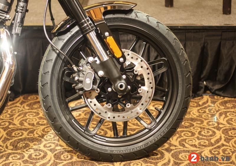 Harley davidson roadster - 8