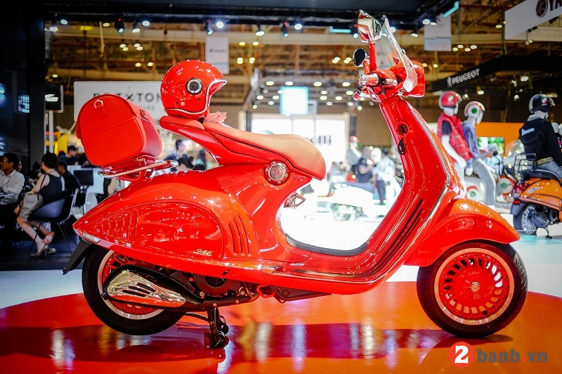 Vespa 946 red - 1