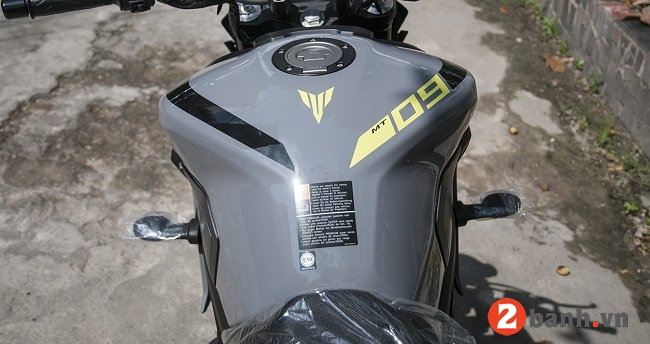 Yamaha mt-09 - 6