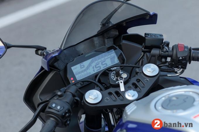 Yamaha r15 - 3