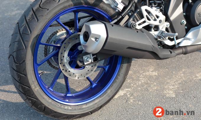 Yamaha r15 - 4