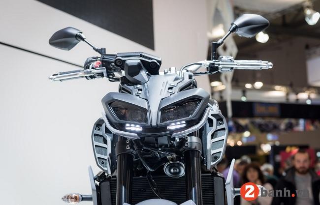 Yamaha mt-09 - 3