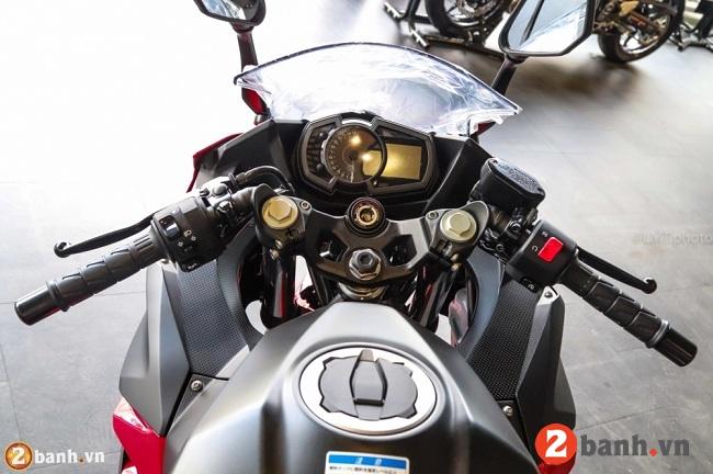 Kawasaki ninja 250 abs - 7