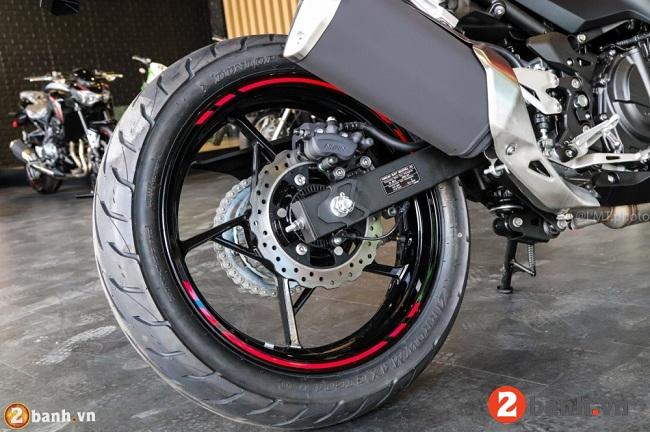 Kawasaki ninja 250 abs - 13