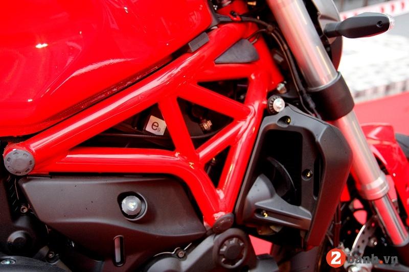 Ducati monster 821 - 4