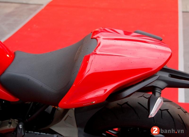 Ducati monster 821 - 8