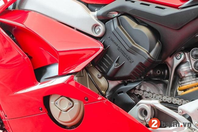 Ducati panigale v4 s - 3