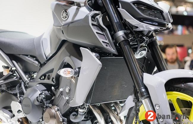 Yamaha mt-09 - 4