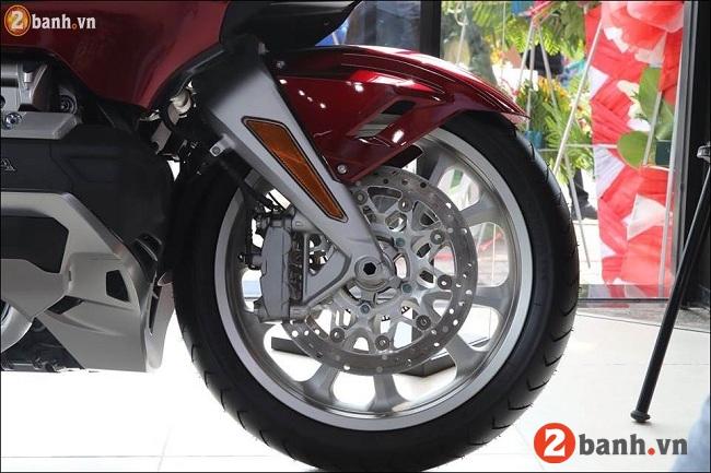 Honda goldwing - 12